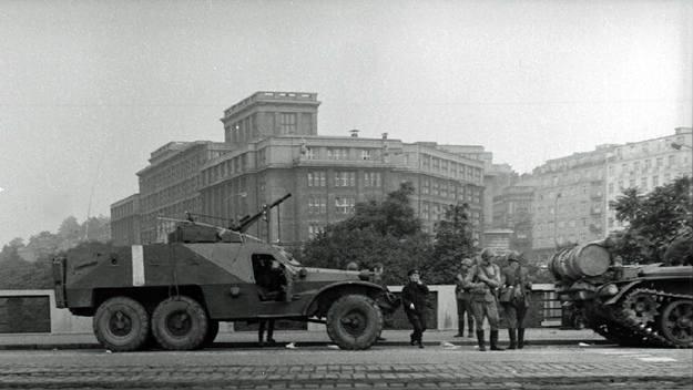 Praha 7 připomíná výstavou fotografií události srpna 1968
