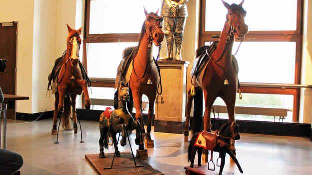 Opravené koně z Letenského kolotoče uvidíte v Národním technickém muzeu