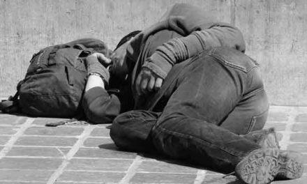 Nocleženky pomáhají lidem bez domova přežít mrazivé noci