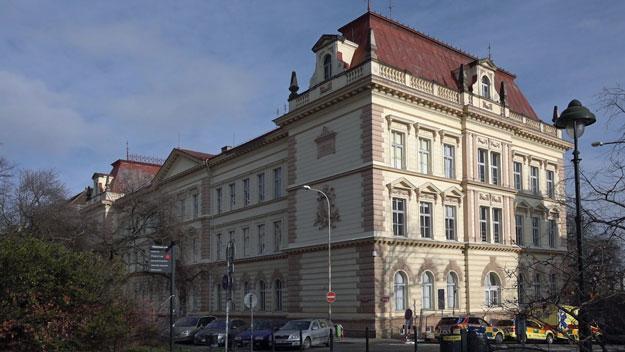 STAN Praha 7 zásadně nesouhlasí s výběrem ředitele ZŠ Františky Plamínkové