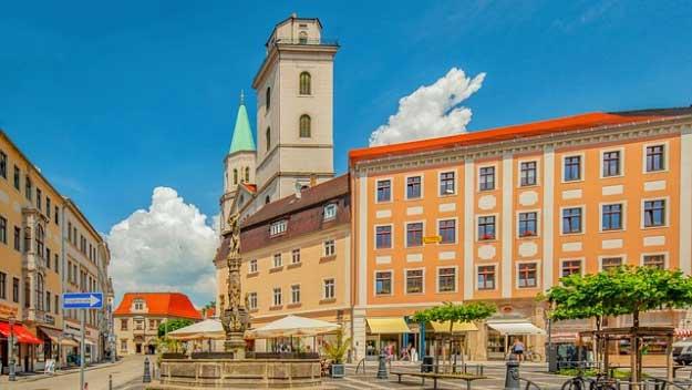 VÝLET A PŘEDNÁŠKY VYŠŠÍ ODBORNÉ ŠKOLY CESTOVNÍHO RUCHU v Praze 7