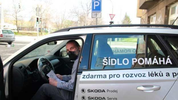 Pečovatelské centrum Praha 7 získalo pomoc při rozvozu pro seniory